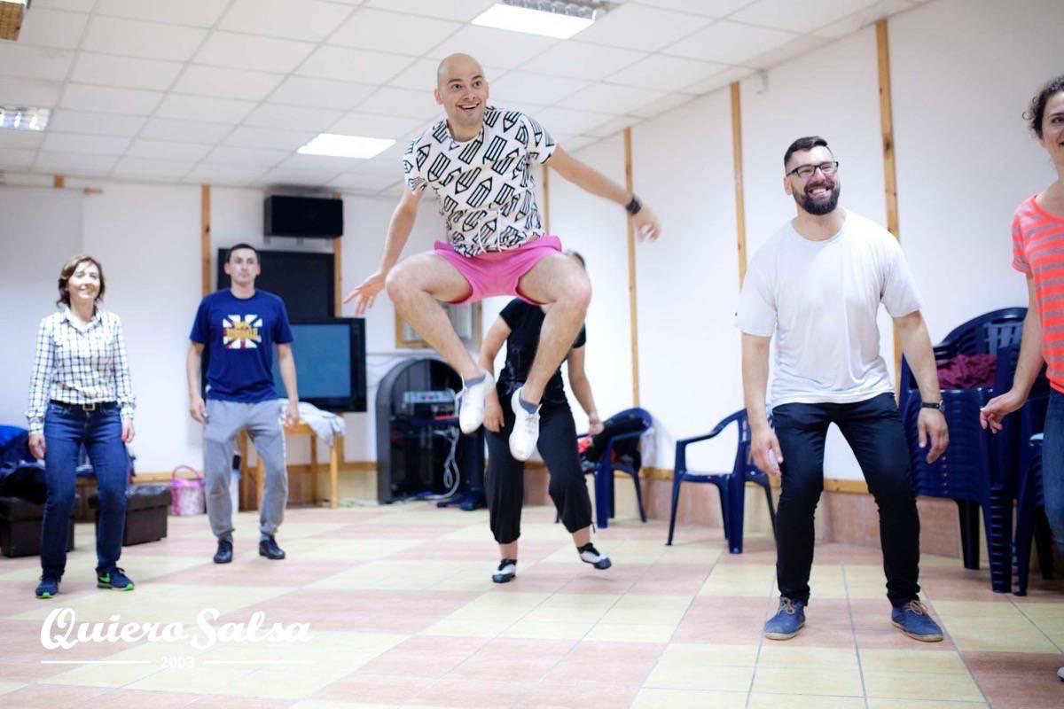 Swingowe tańce skakańce :O